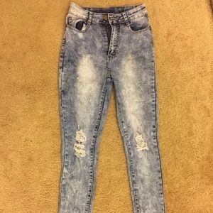 🎈2 for $20 / Distressed jeans - acid wash size 5